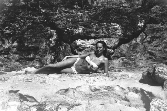 ALEXIA BW BEACH 1