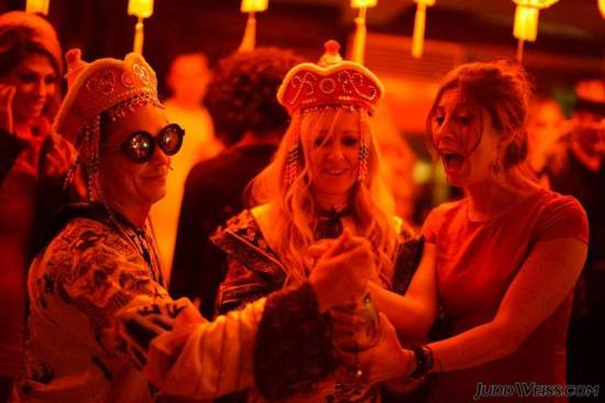 burning-man-party-los-angeles-houdini-mansion
