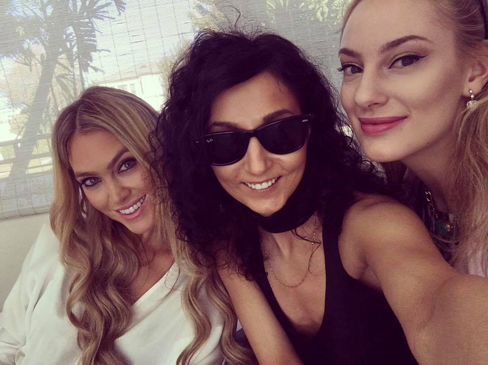 friends-girls-los-angeles