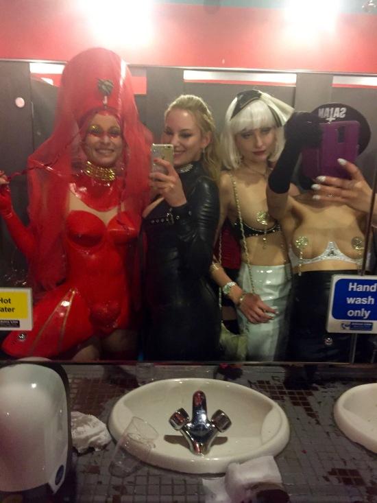 girls-bathroom-selfie-torture-garden